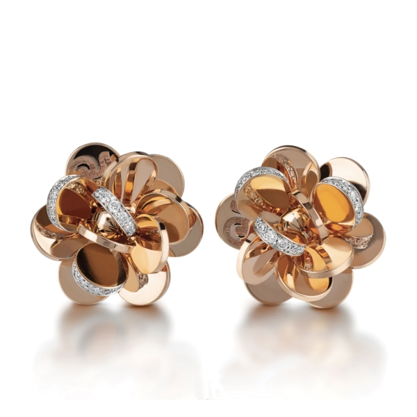 Small flower earrings in pink gold and diamonds