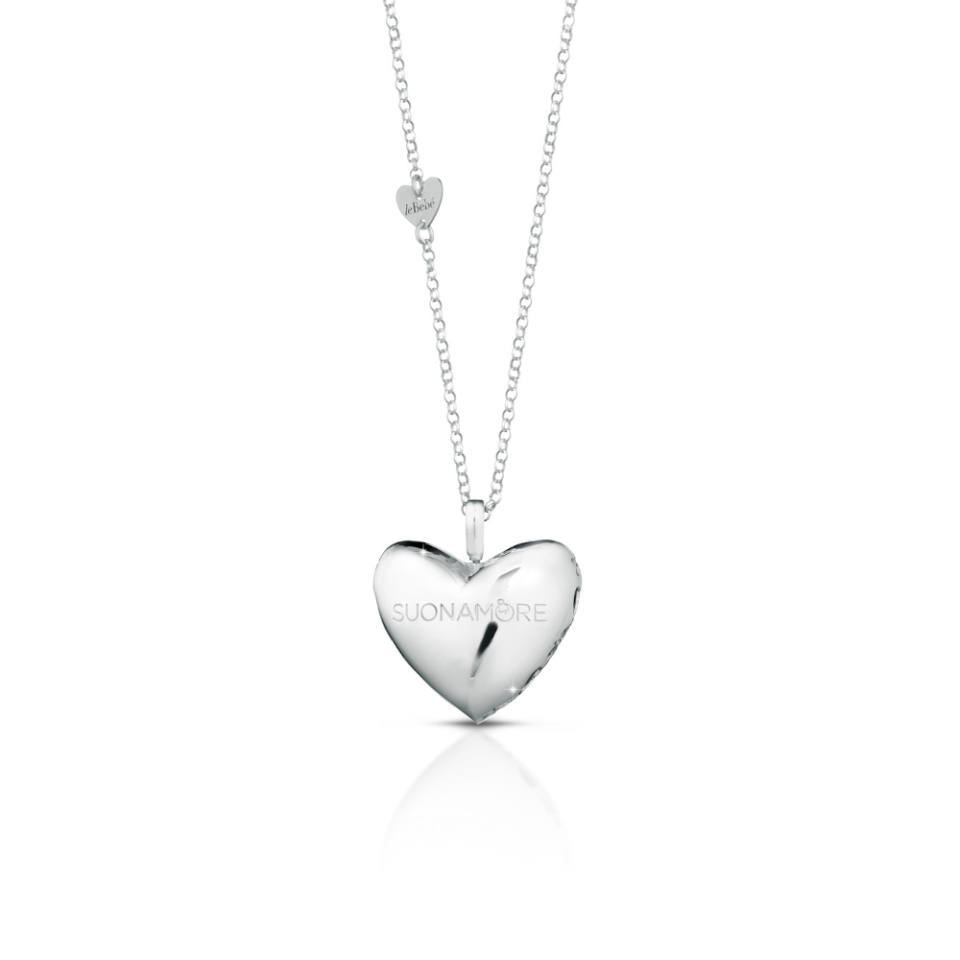 SILVER HEART AND CHAIN PENDANT