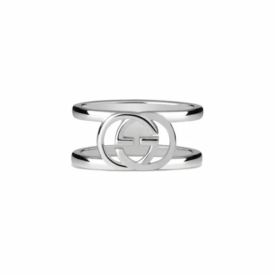 Anello GUCCI argento con motivo Doppia G ybc295716