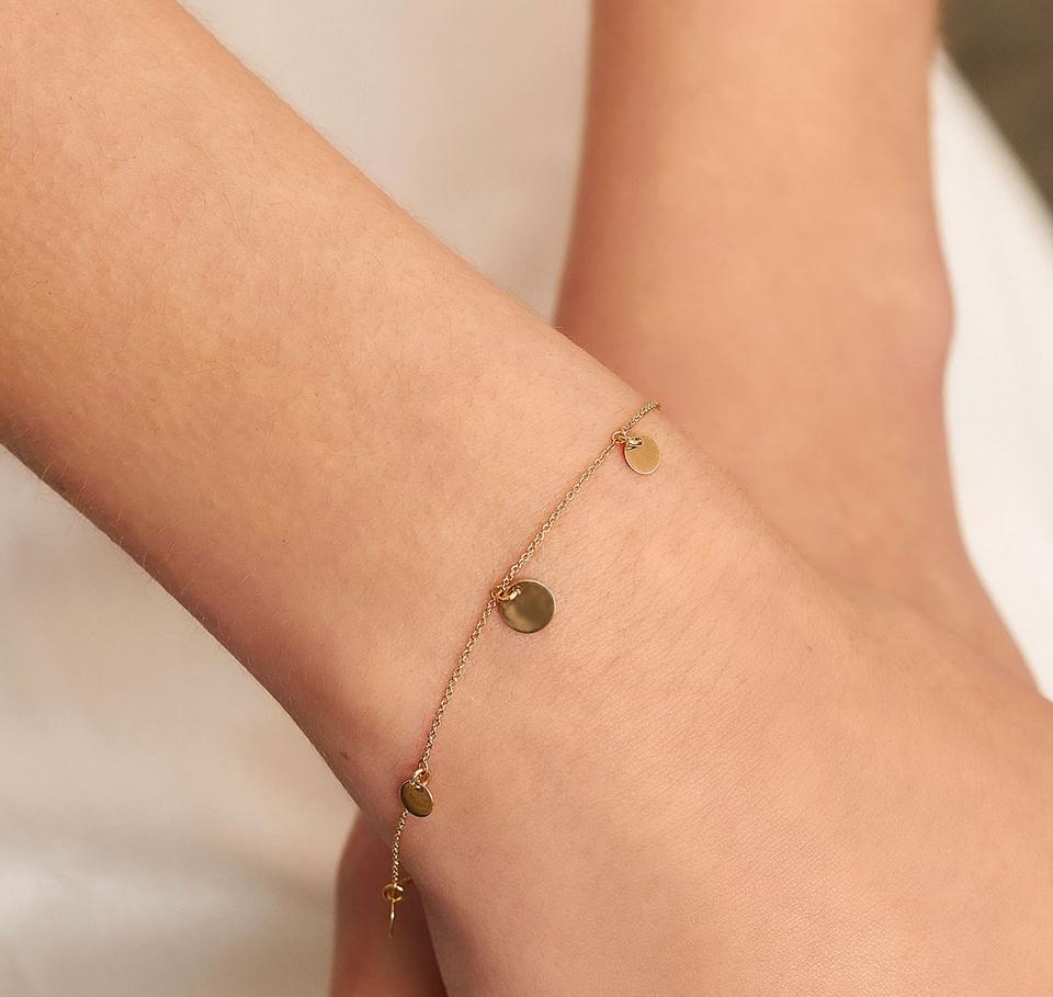 LE CARRÈ yellow gold bracelet 5 discs