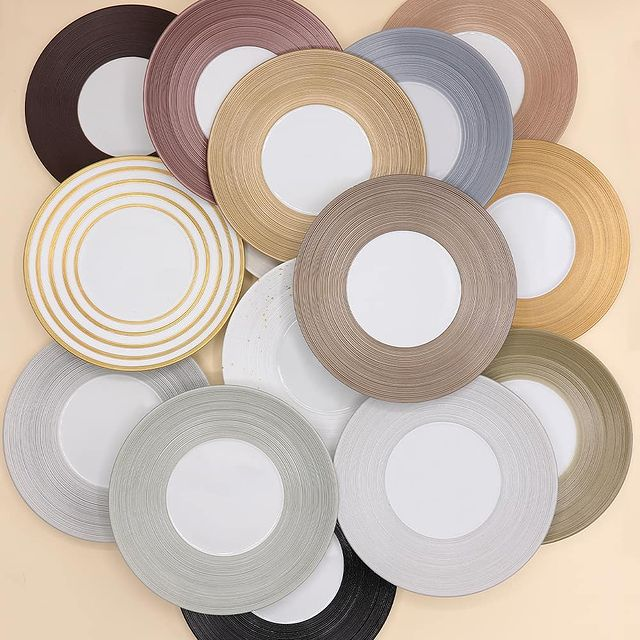 JL Coquet HEMISPHERE round plate maxi 35cm satin white